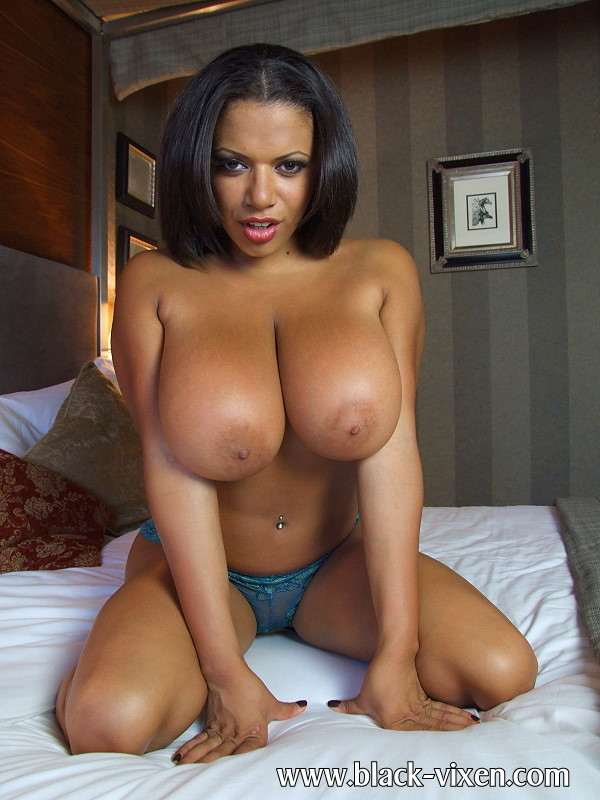Big naturals on Alexis; Babe Ebony