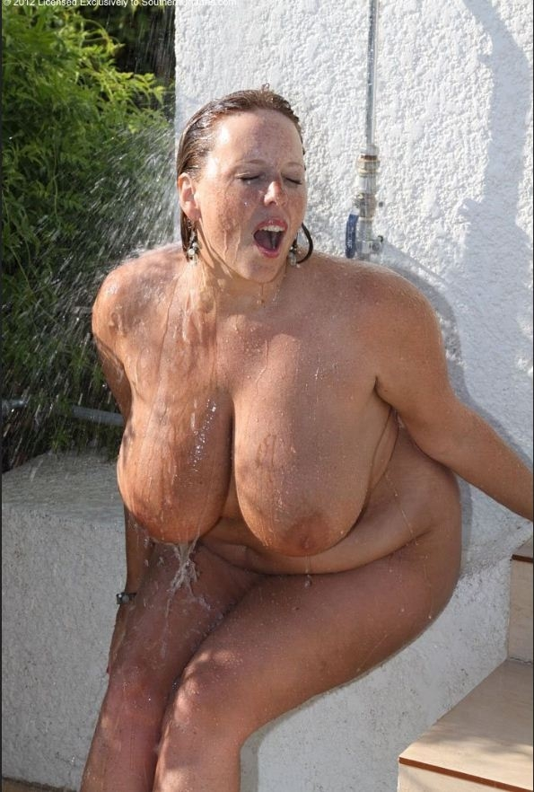 real-woman-are-rubenesque: Enormous tits. ... - I am a lover of thick women!!; BBW