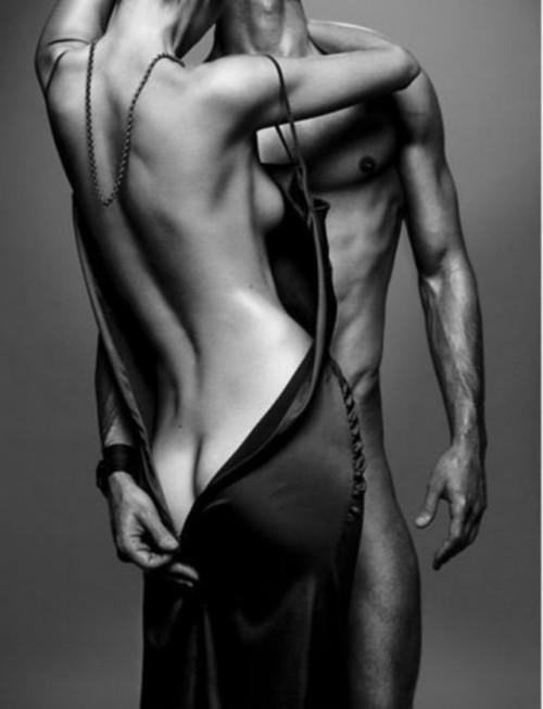 unzipping; Hot