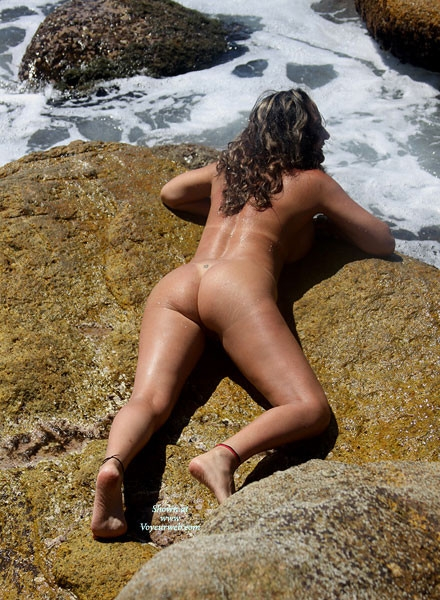 Deby; Ass Mature MILF Beach