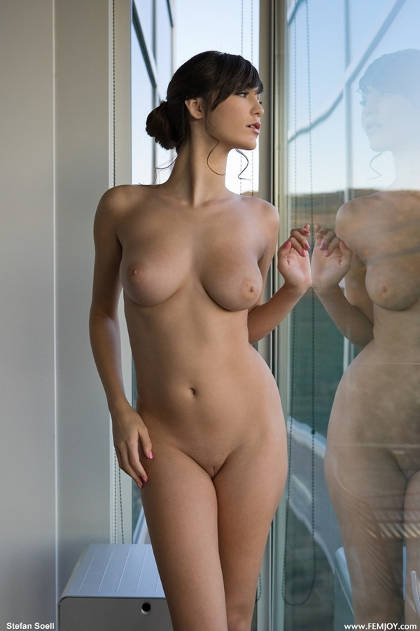Naked Kids Images - Photos - Pictures - CrystalGraphics