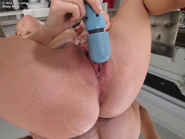 ...; Natural Pornstar Pussy Rileyreid Squirt Toys